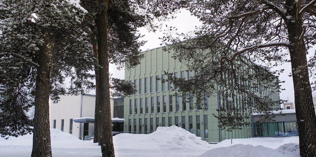 Luovin Oulun yksikön päärakennus Komentajan talo.